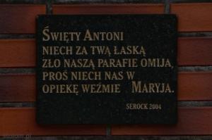 Serock |tabliczka na kapliczce św. Antoniego | od północnego-zachodu | stan na 2015-02-18