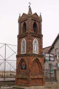 Kuźnica   kapliczka św. Antoniego   od zachodu   stan na 2013-12-12