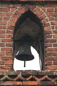 Kuźnica   dzwon na kapliczce św. Antoniego   od południowego-zachodu   stan na 2013-12-12