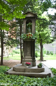 Bydgoszcz | kapliczka Matki Boskiej | od zachodu | stan na 2013-05-29