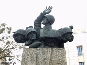 Toruń   pomnik Artylerii Polskiej   fragment   od północnego-wschodu   stan na 2015-11-03