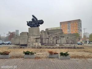 Toruń   pomnik Artylerii Polskiej   widok ogólny   od południowego-zachodu   stan na 2015-11-03