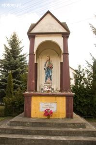 Brzozowo | kapliczka Matki Boskiej Królowej Polski | widok ogólny | od północy | stan na 2016-03-31