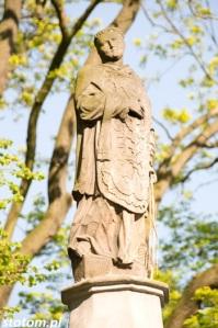 Kruszwica | figura św. Wawrzyńca | fragment | od zachodu | stan na 2016-05-07
